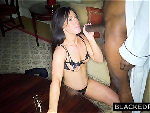 BLACKEDRAW wife enjoys the World's biggest bbc in motel room