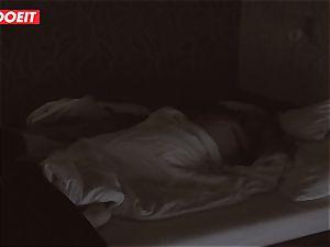 Russian stunner gets pro hookup to help her sleep