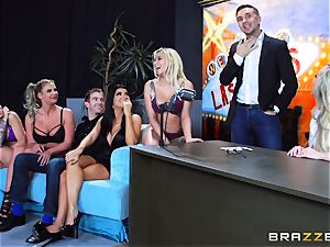 sizzling muddy fun with Brandi love and her dolls
