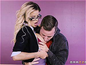 Jessa Rhodes catches college girl eyeing PornHD in class