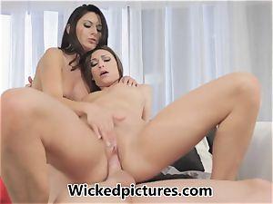 Victoria Lawson and Nikki Daniels in a torrid fuckshare