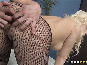 ash-blonde assistant Kagney Linn Karter plumbing her crazy colleague