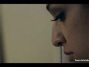 Aidra Fox, Samantha Hayes - conformity Of Emma Marx