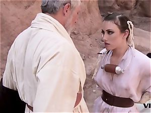 elderly Ben uses the sexual energy with a super-steamy slave woman