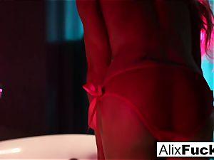 Alix Lynx with a culo cork