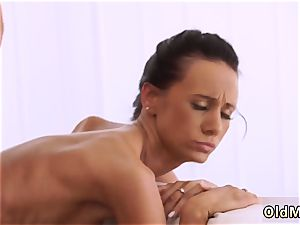 red-haired gives unbelievable fellatio ultimately she s got her chief manstick