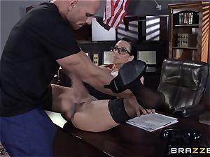 Warden Ariella Ferrera pummels her favourite prisoner