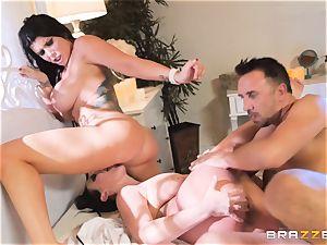 spunk craving vampiress Angela milky sharing man rod with Romi Rain