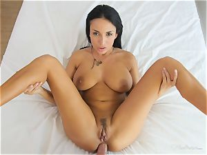 Milfy mother Anissa Kate plumbed deep in her vulva pie