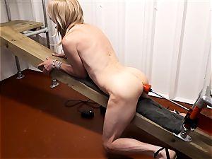 RachelSexyMaid - 15 - dungeon culo nude poking