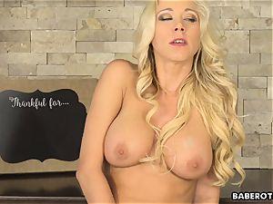 Solo platinum-blonde Katie Morgan masturbates frantically in 4K