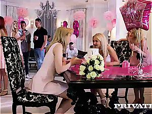 Anny Aurora and Alexis Crystal feast With an romp