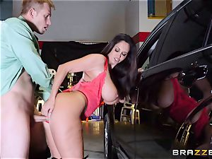 red-hot cop Ava Addams takes advantage of a opportunity take hold of