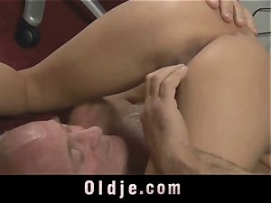 elder manager spoiling the horny labia of his Romanian maid